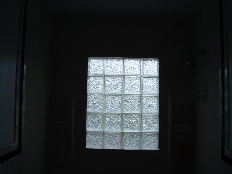 2011-06-03-sony-sm-0124
