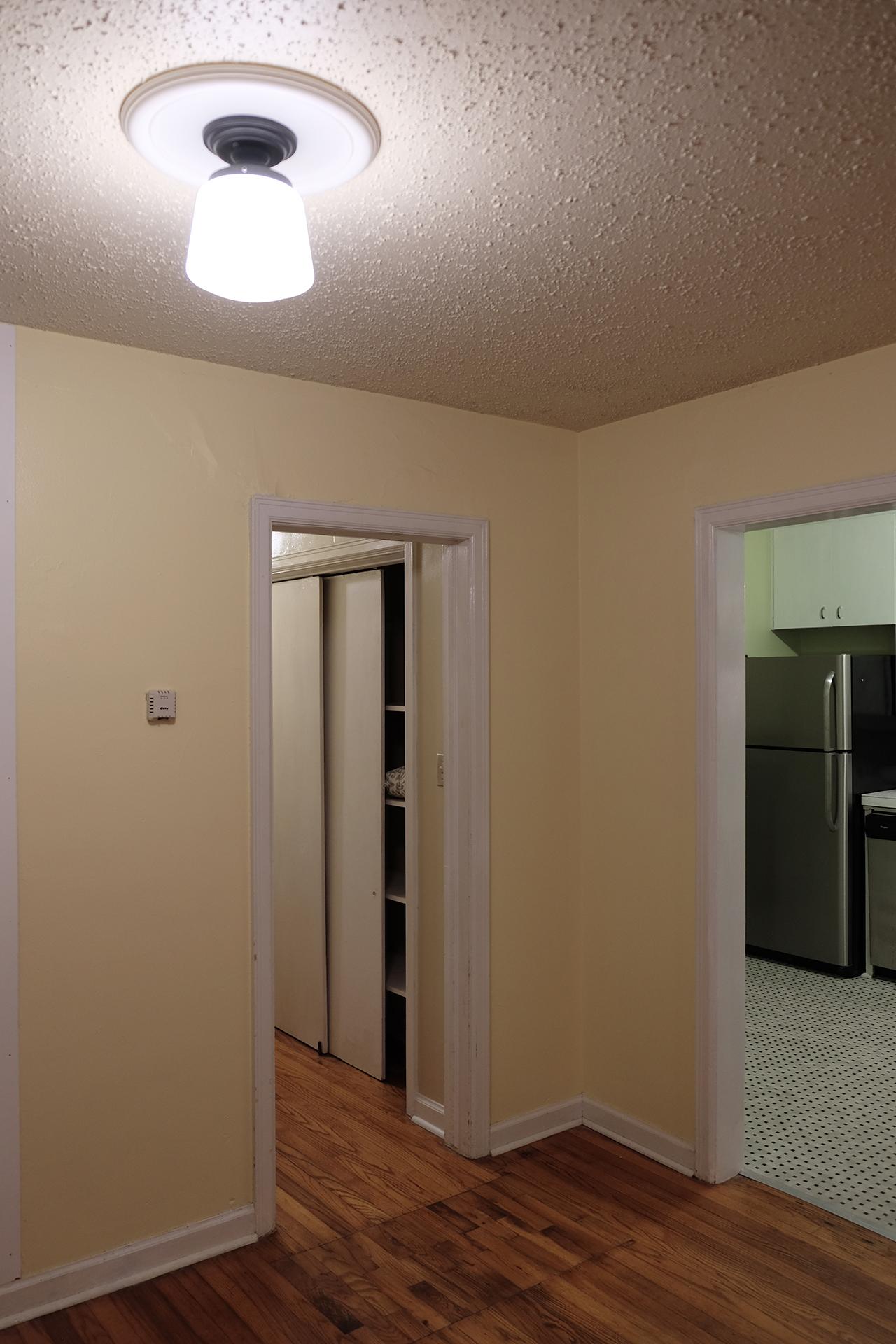 East living room (looking northwest) - 102 South Kings Rent House